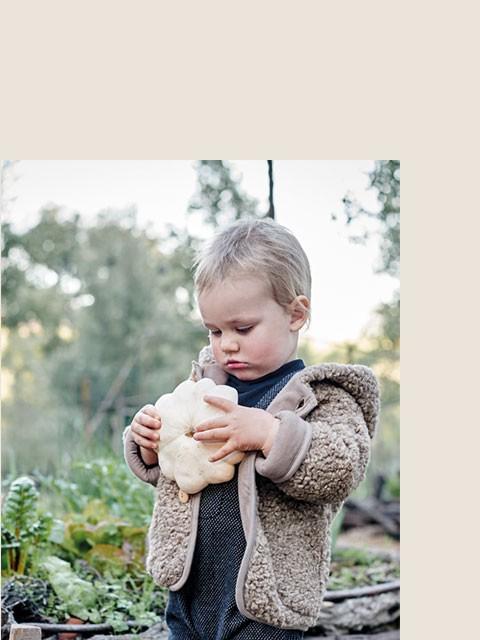 Ropa sostenible para bebés