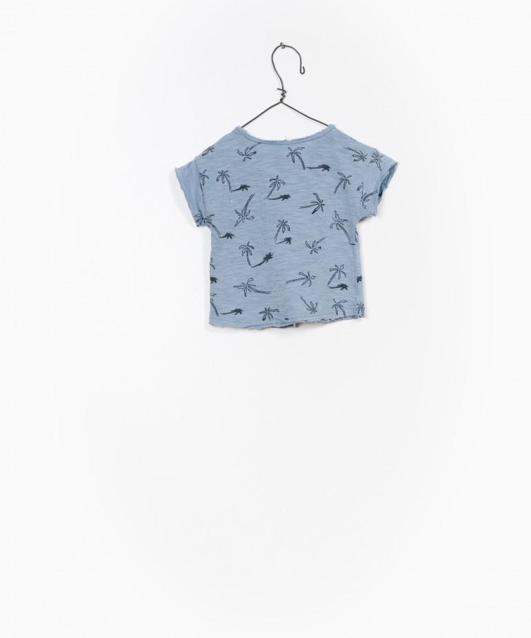 Camiseta impresa con palmeras