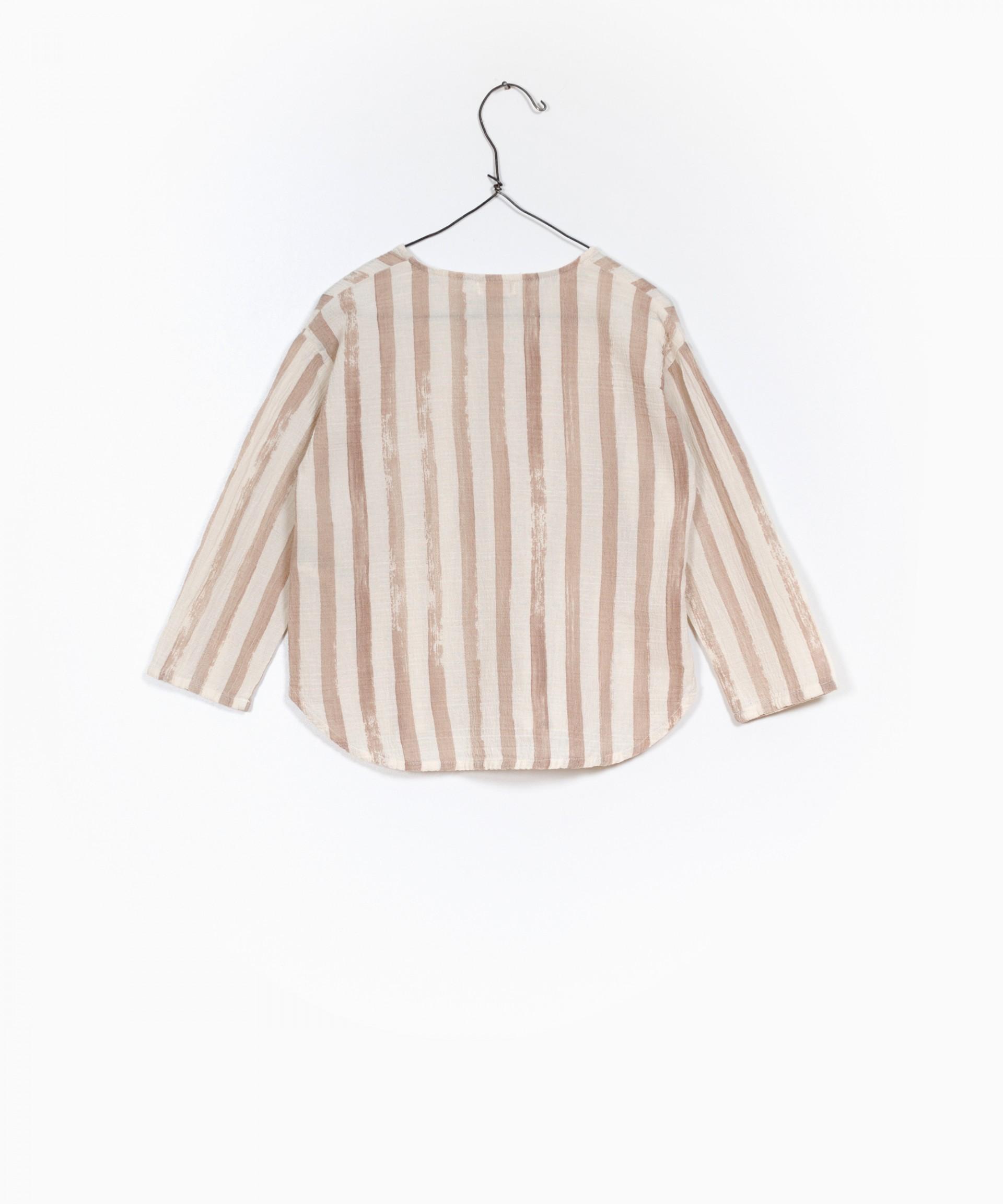 Camisa de Tecido Estampado