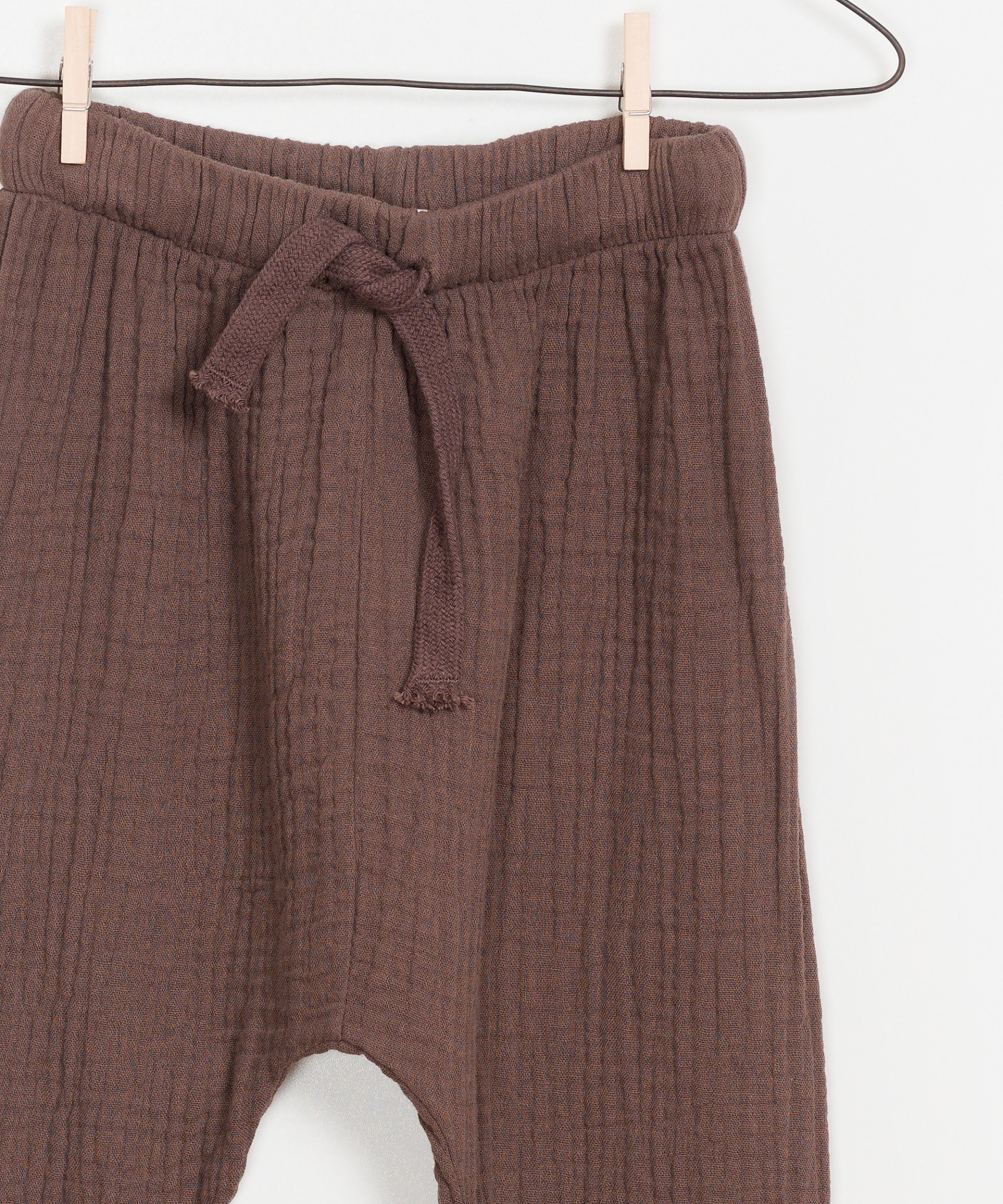 Sustainable woven Trousers