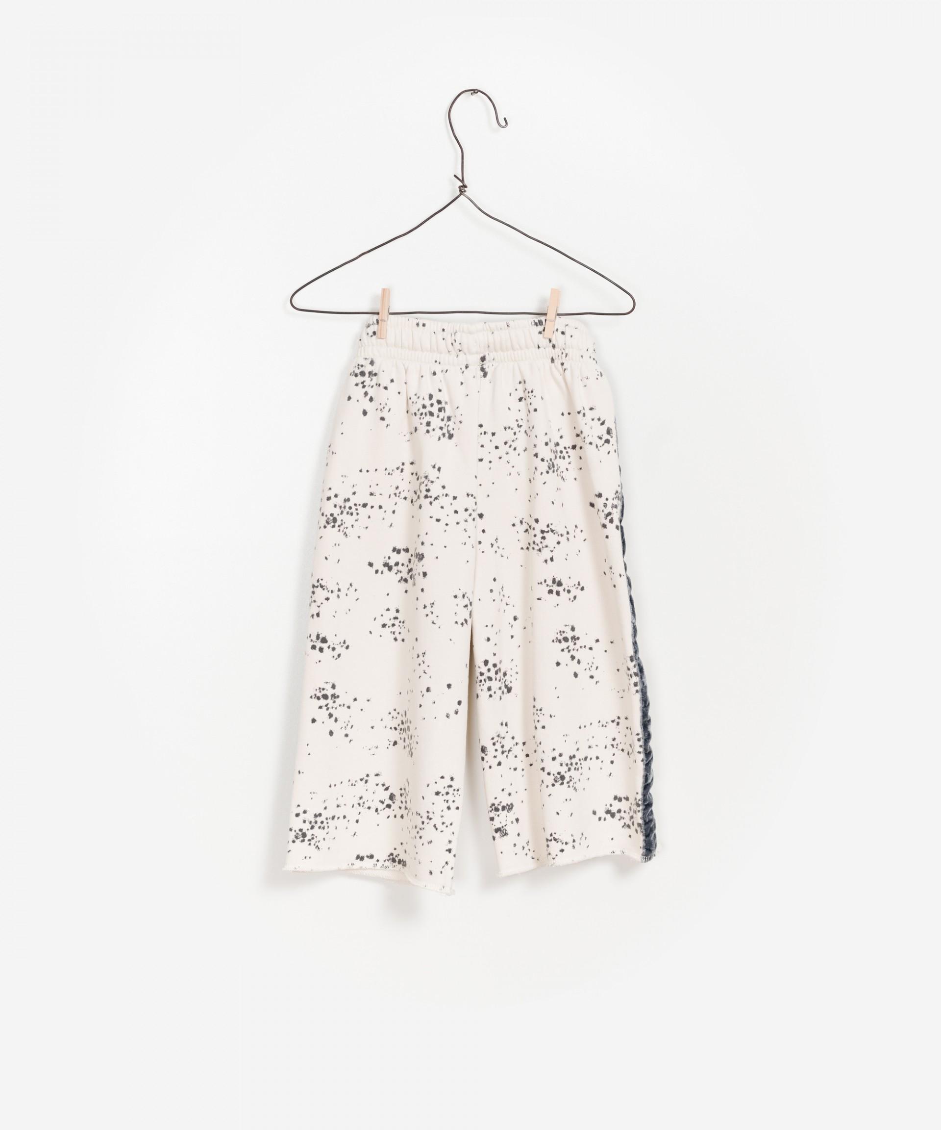 Pantalón de algodón estampado 100% orgánico.