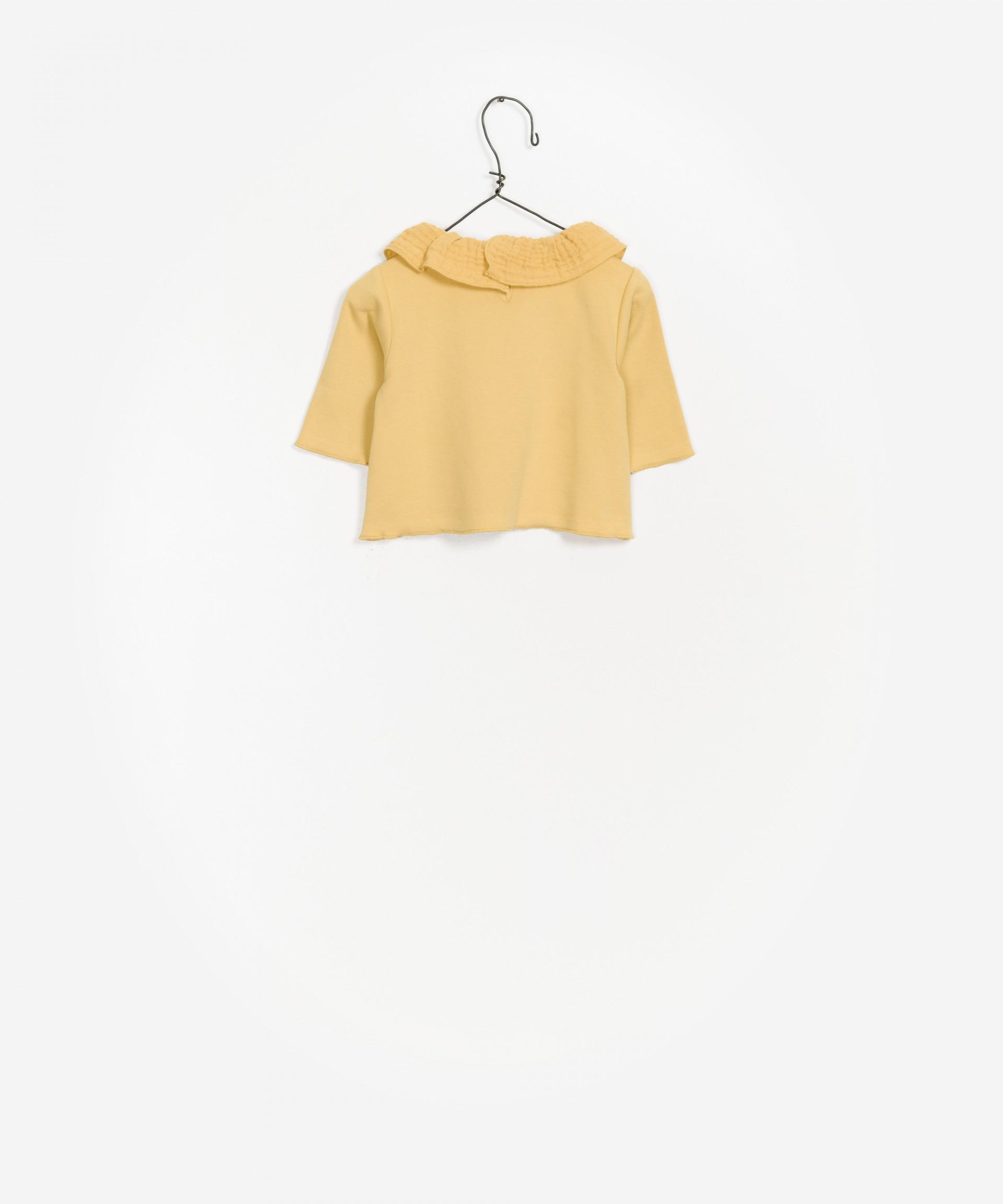 Camiseta con costuras