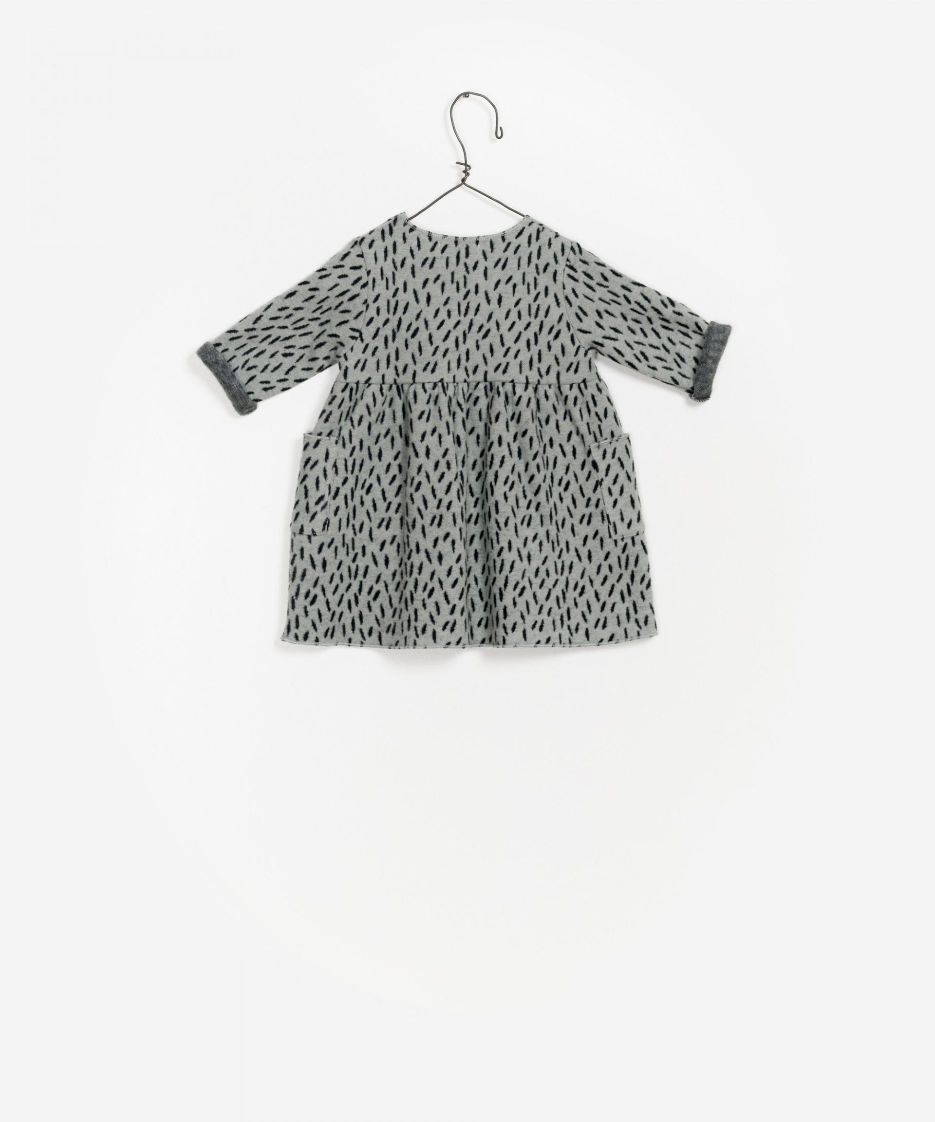 Vestido de bebé em algodão orgânico