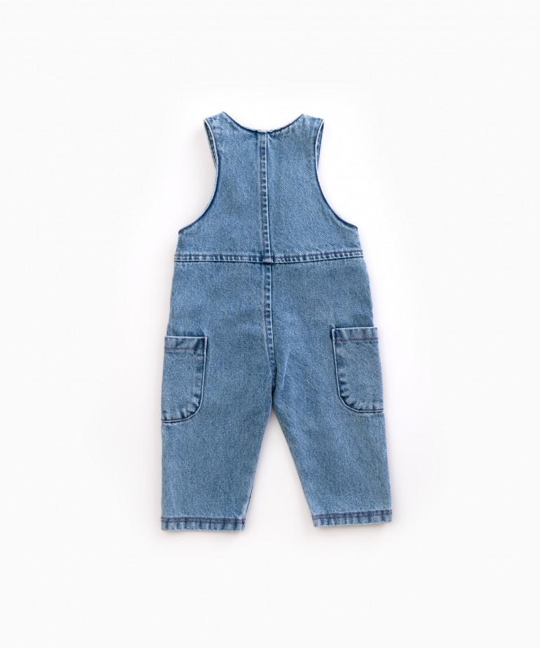 Denim jumpsuit with buttons