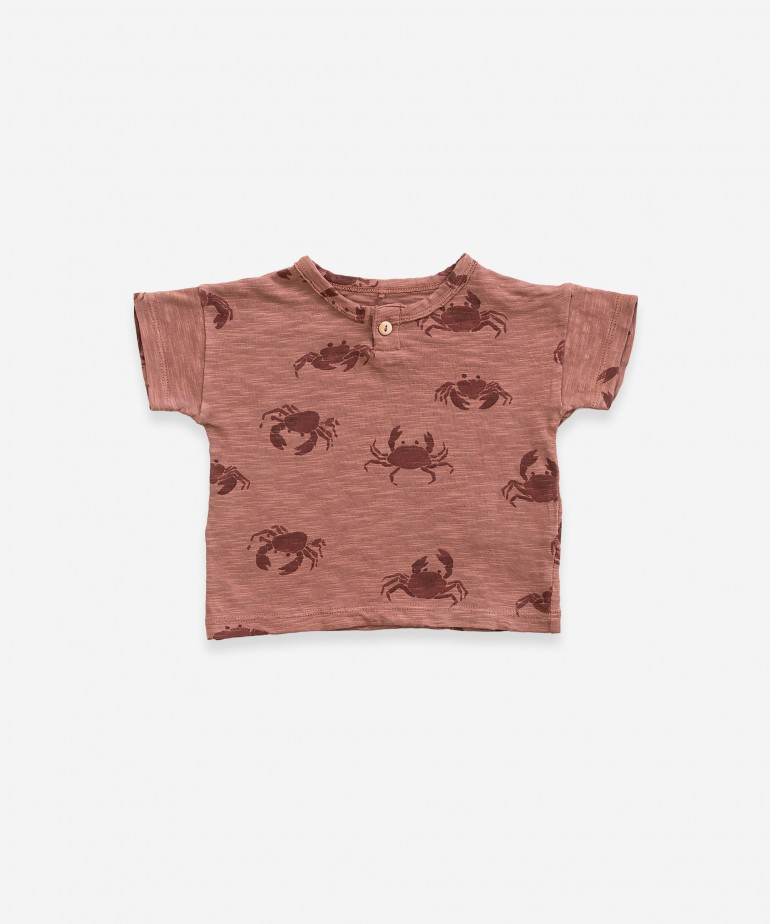 T-shirt with crab print