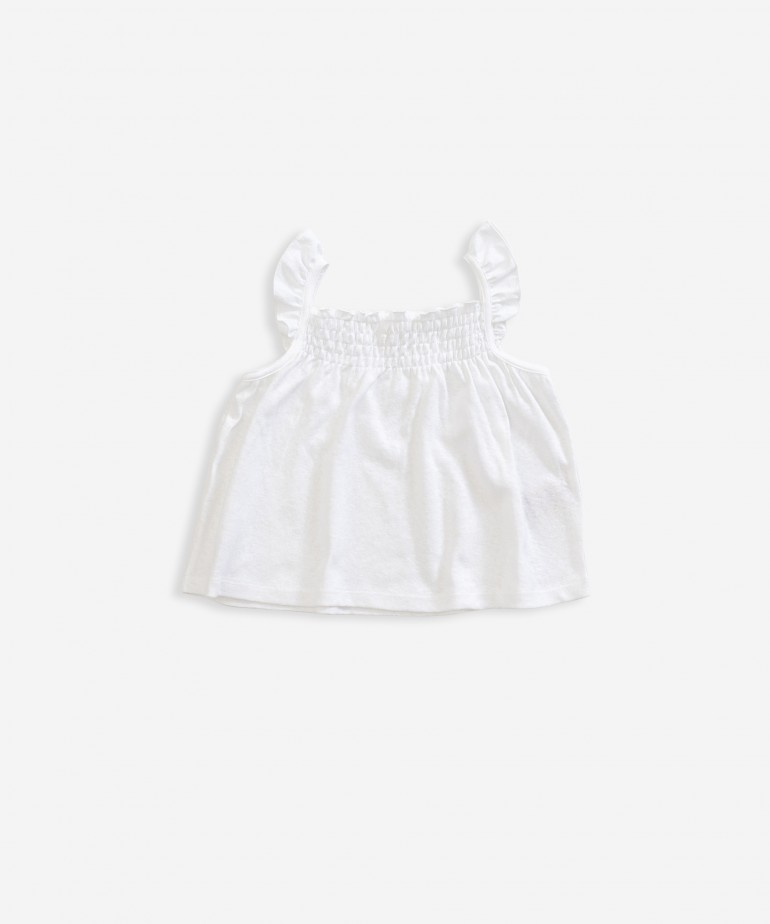 Top with frill insert