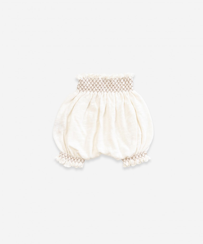 Shorts in organic cotton