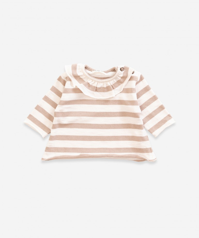 Sweater with frill and stripes