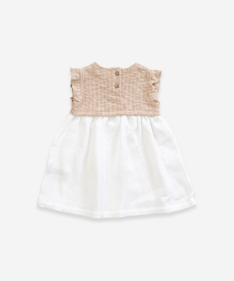 Dress with mix of linen and organic cotton