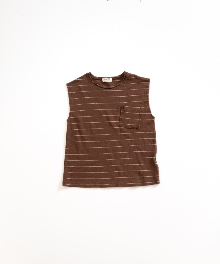 Sleeveless t-shirt with stripes