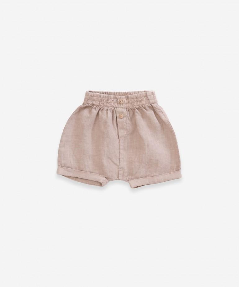 Pantalón corto de lino