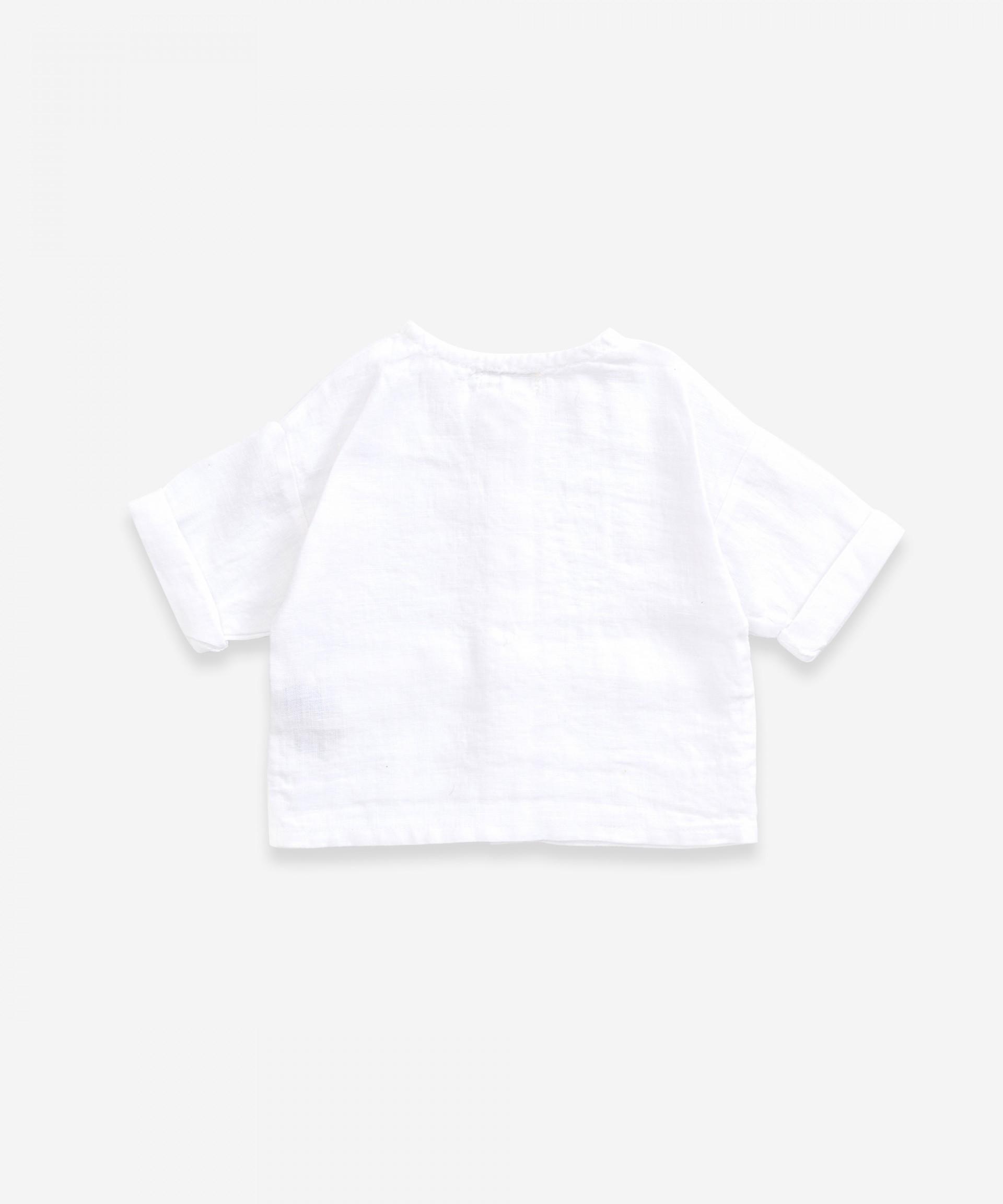 Linen shirt with pockets | Weaving