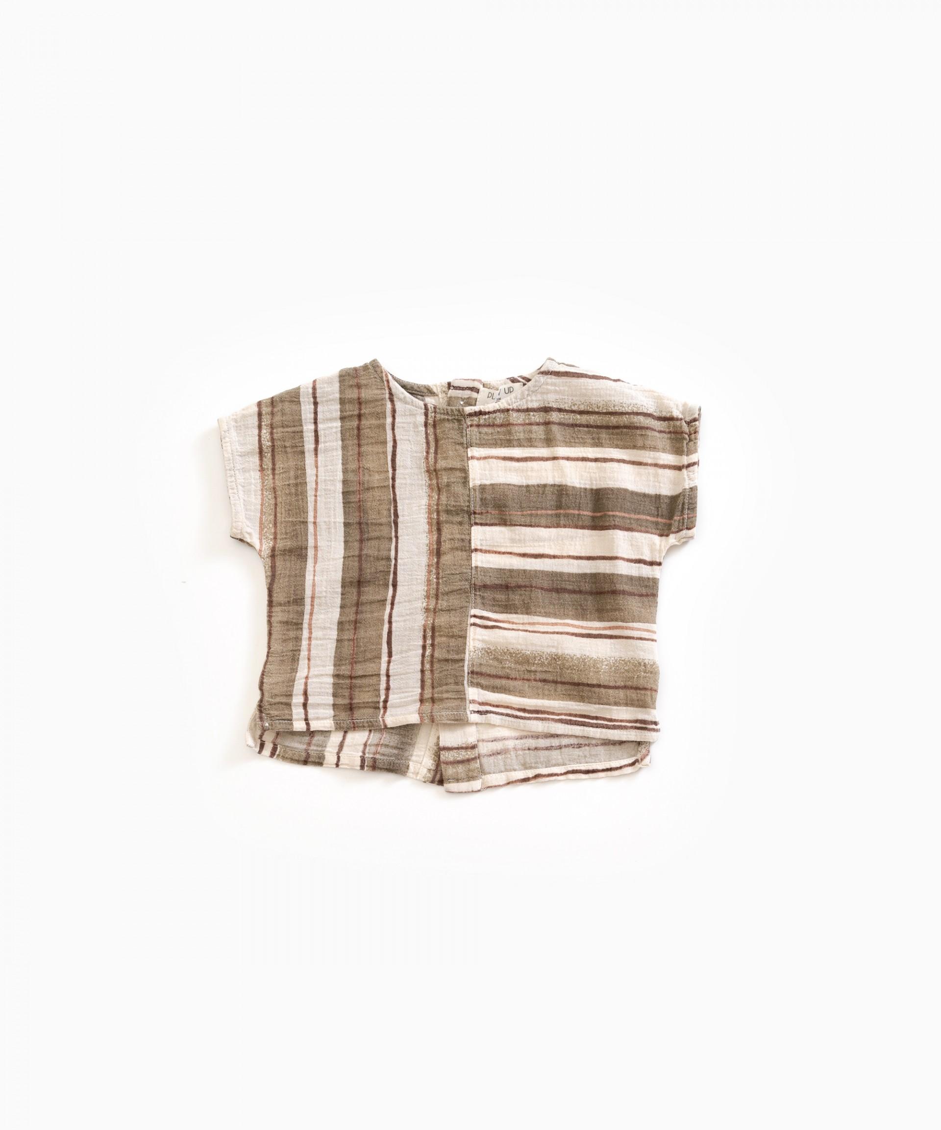 Camicia in tessuto con apertura sulla schiena | Weaving