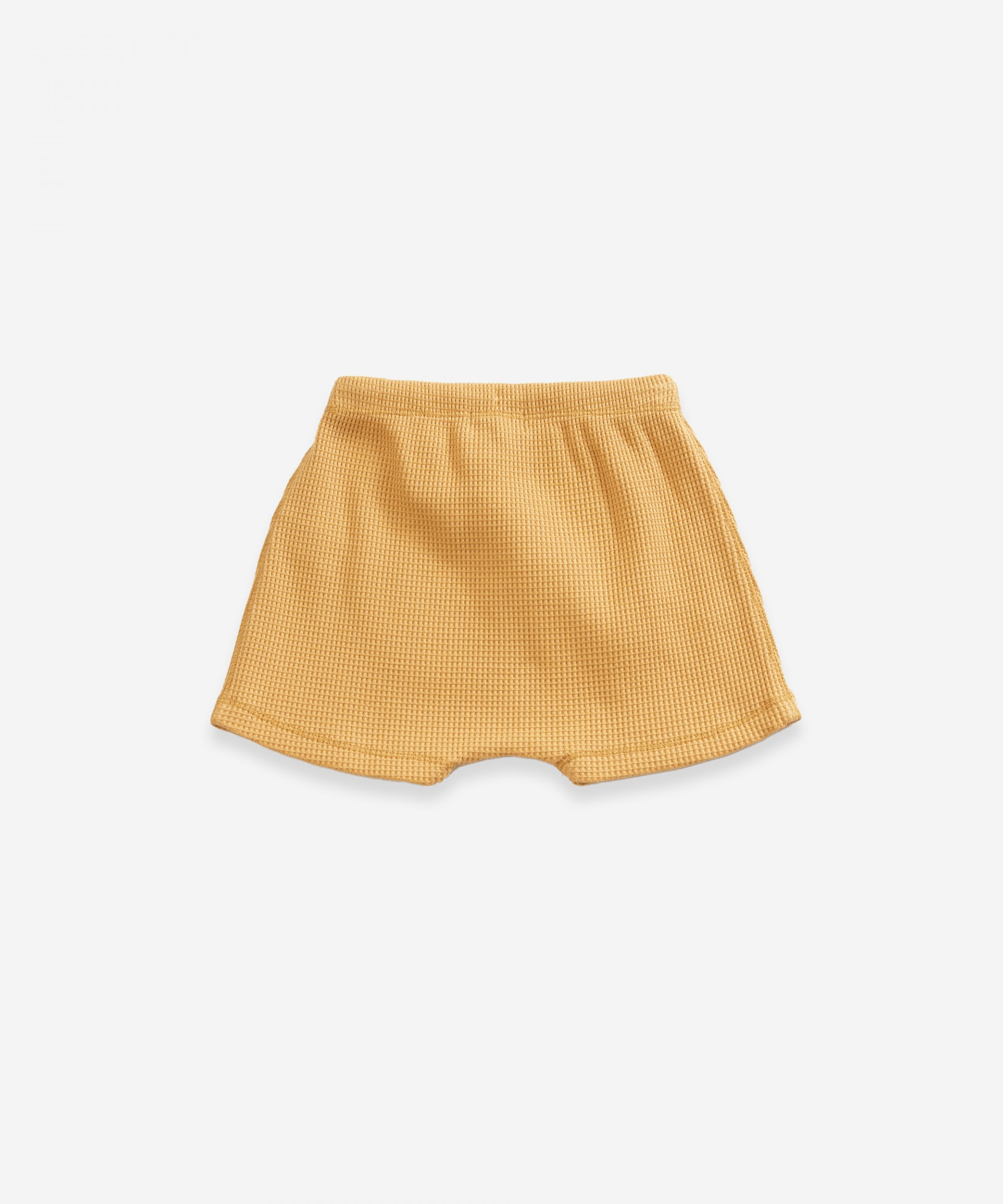 Shorts with kangaroo pocket in organic cotton | Weaving
