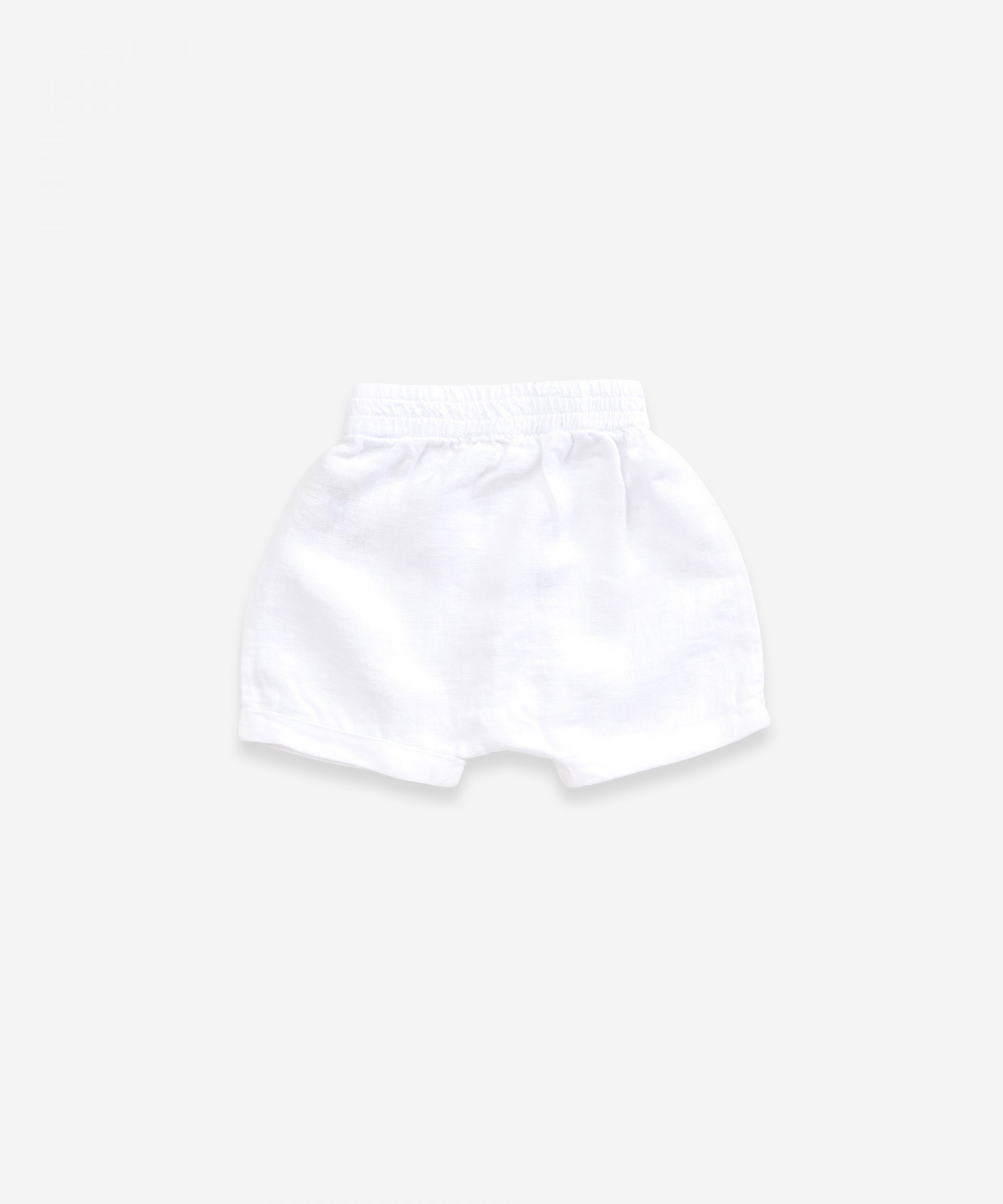 Linen shorts with buttons | Weaving