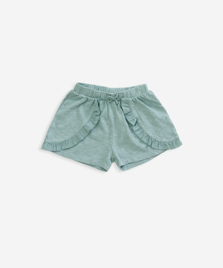 Shorts with frill detail