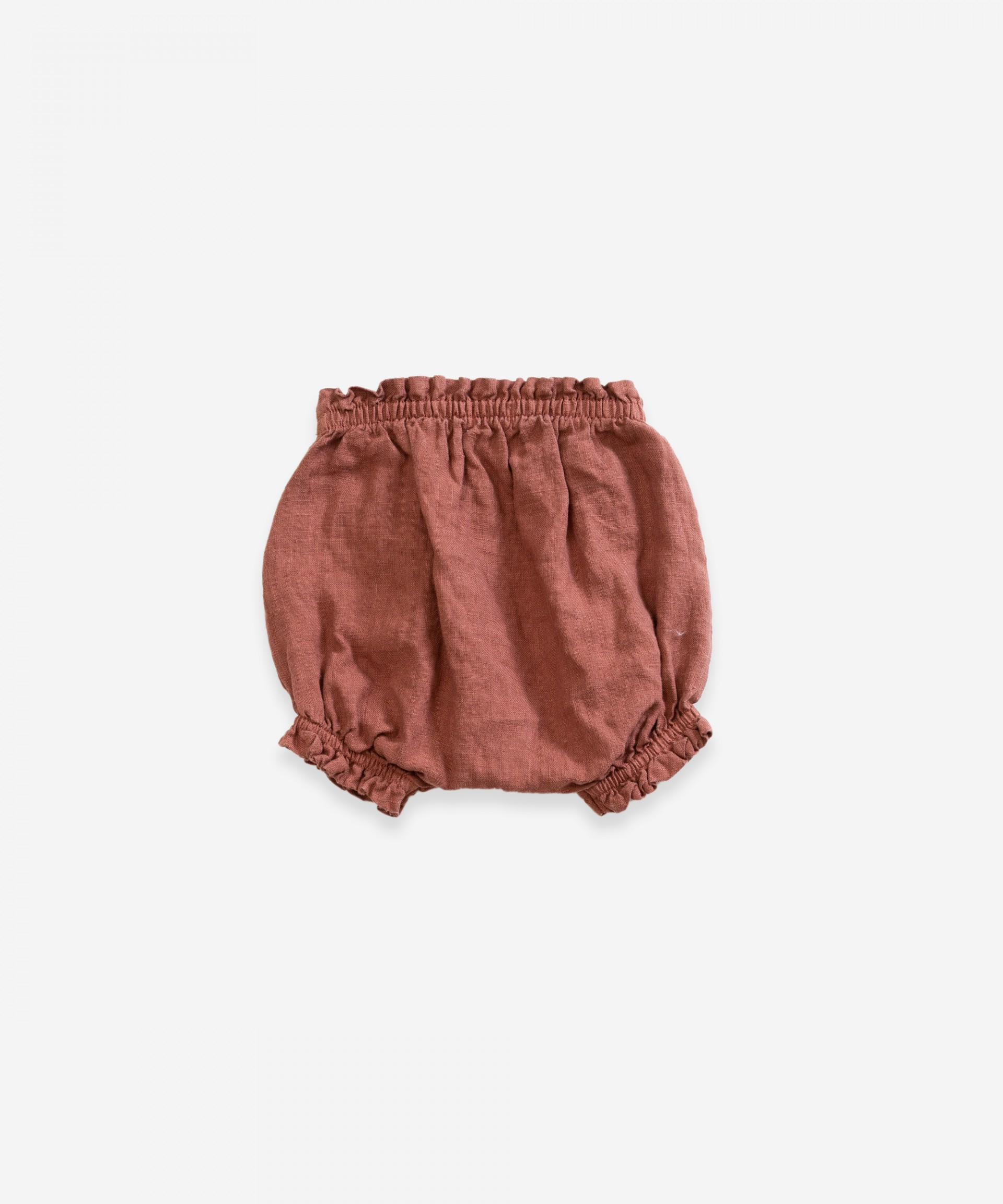 Fabric shorts with decorative ribbon | Weaving