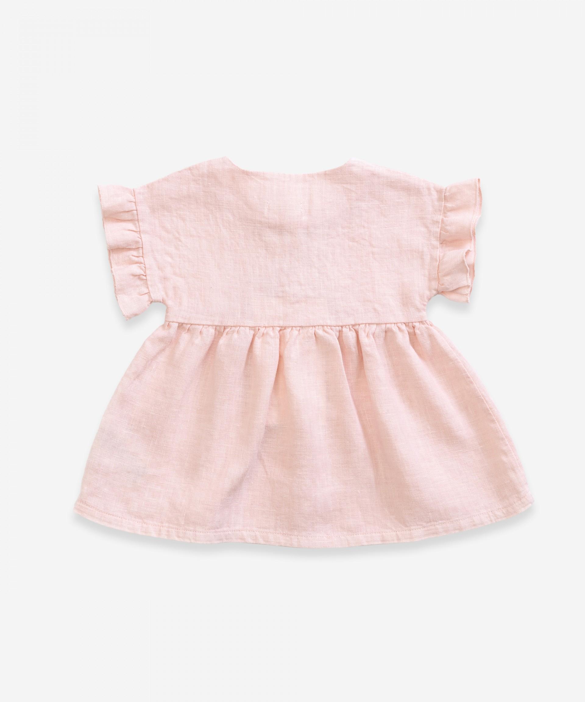 Linen dress with wooden buttons | Weaving