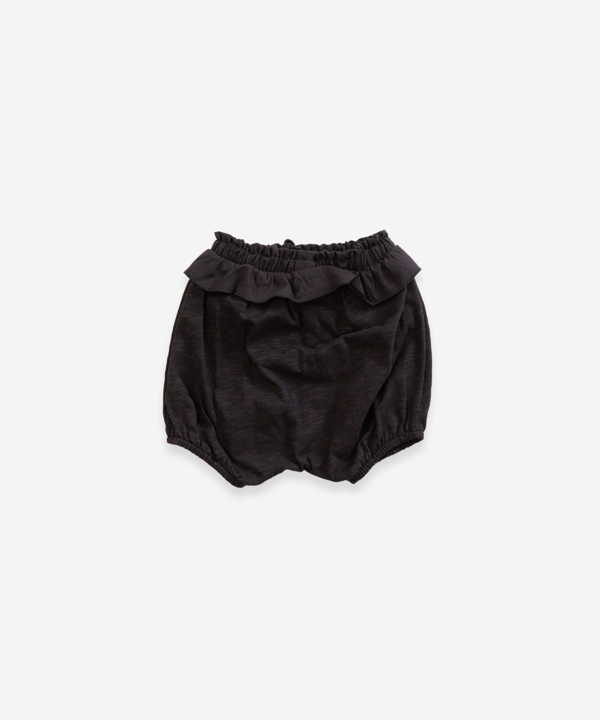 Shorts in organic cotton with frill | Weaving