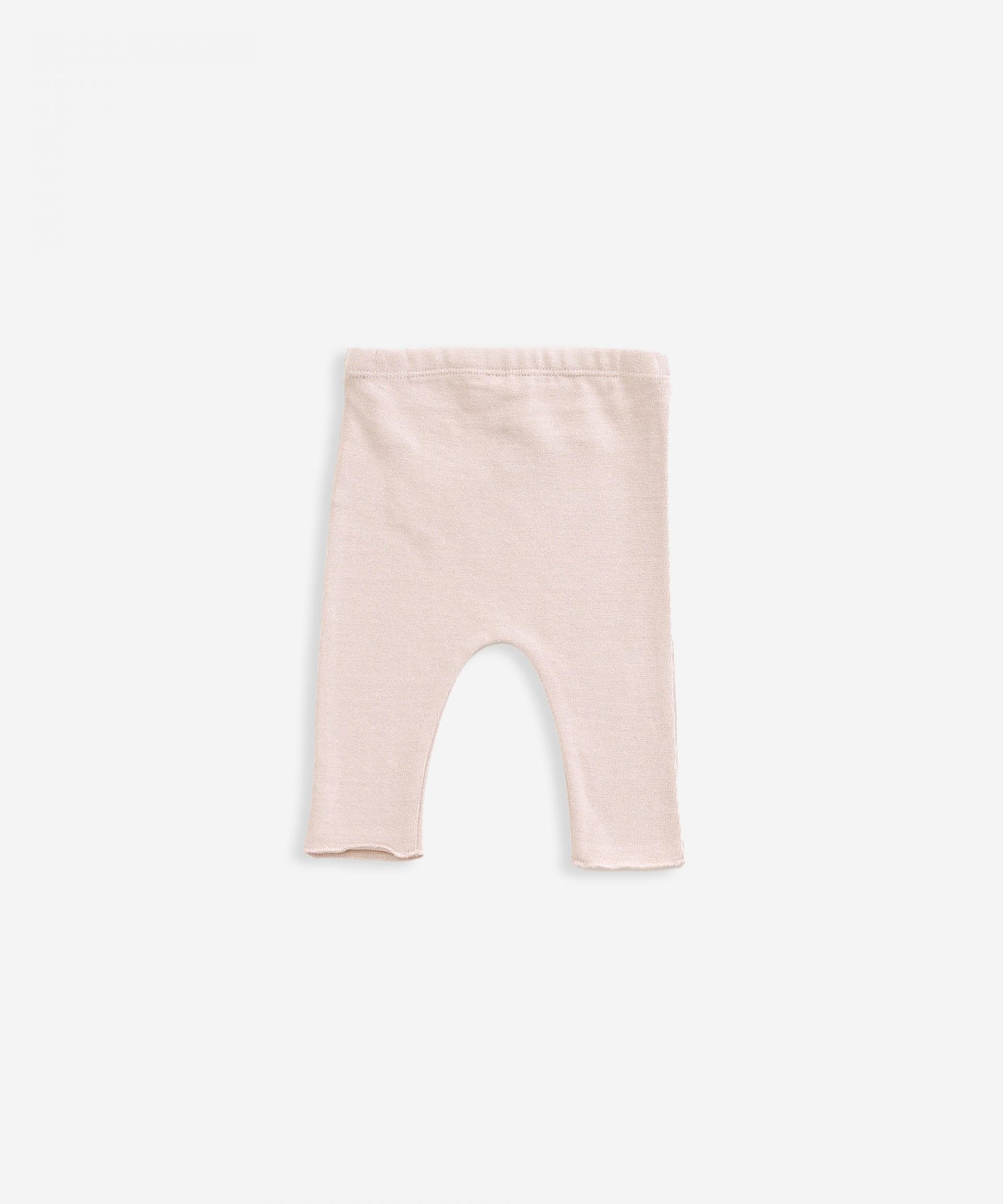 Pantaloni in maglia con bottone decorativo | Weaving
