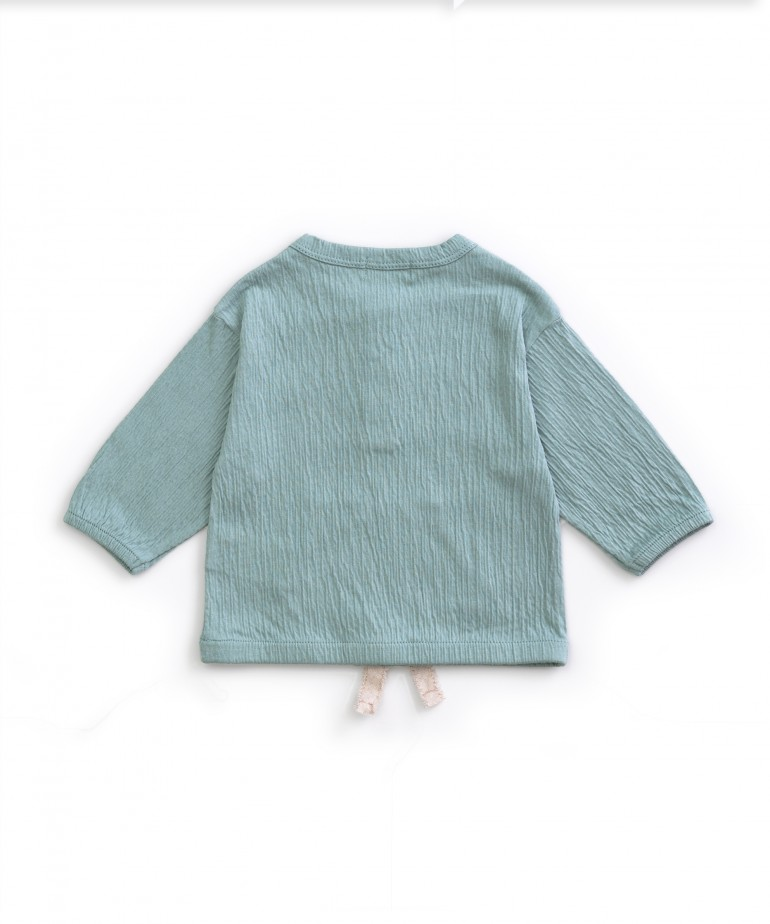 Long-sleeved sweater with pocket