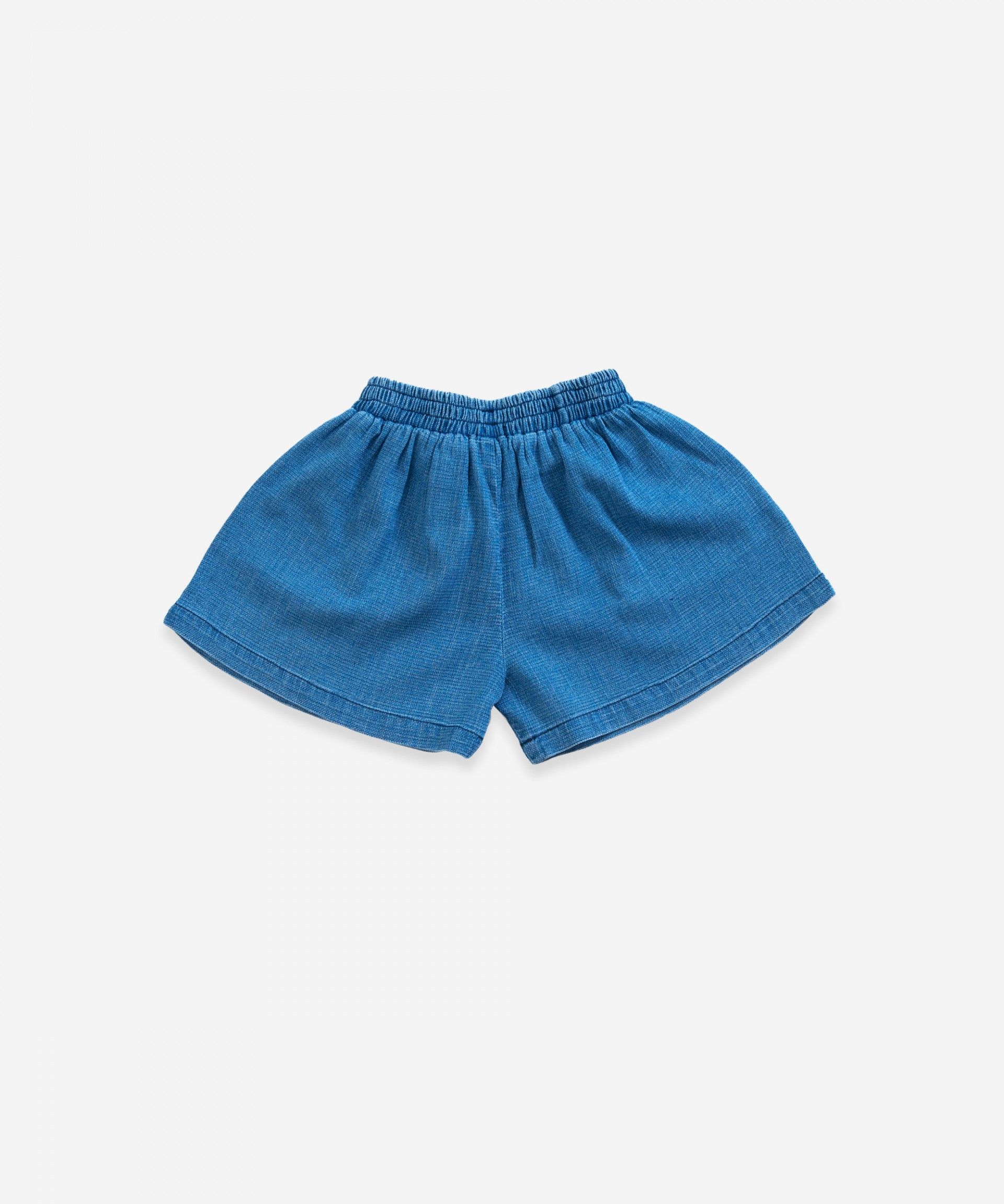 Denim shorts with decorative ribbon | Weaving