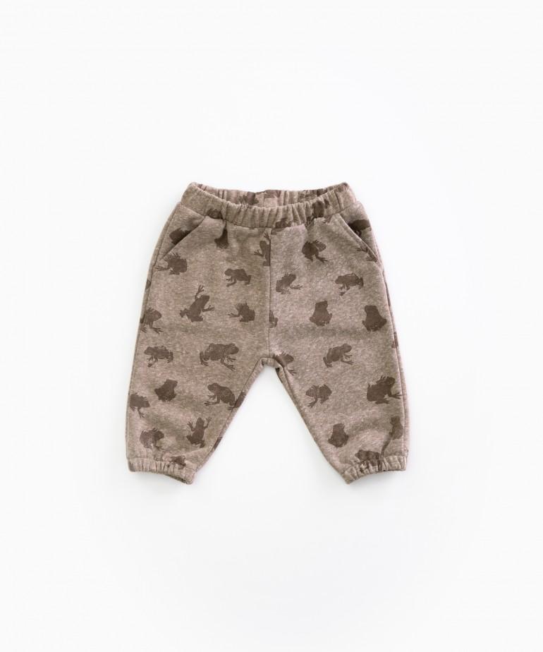 Pantalón con estampado de sapos