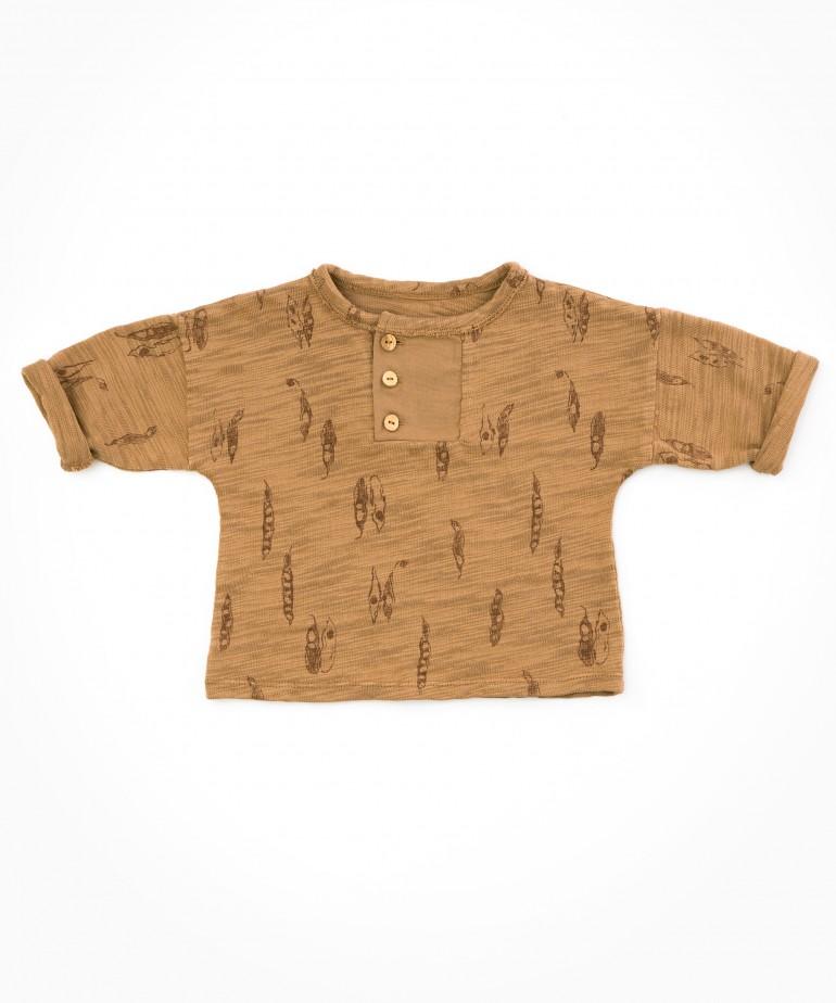 Shirt with pod print