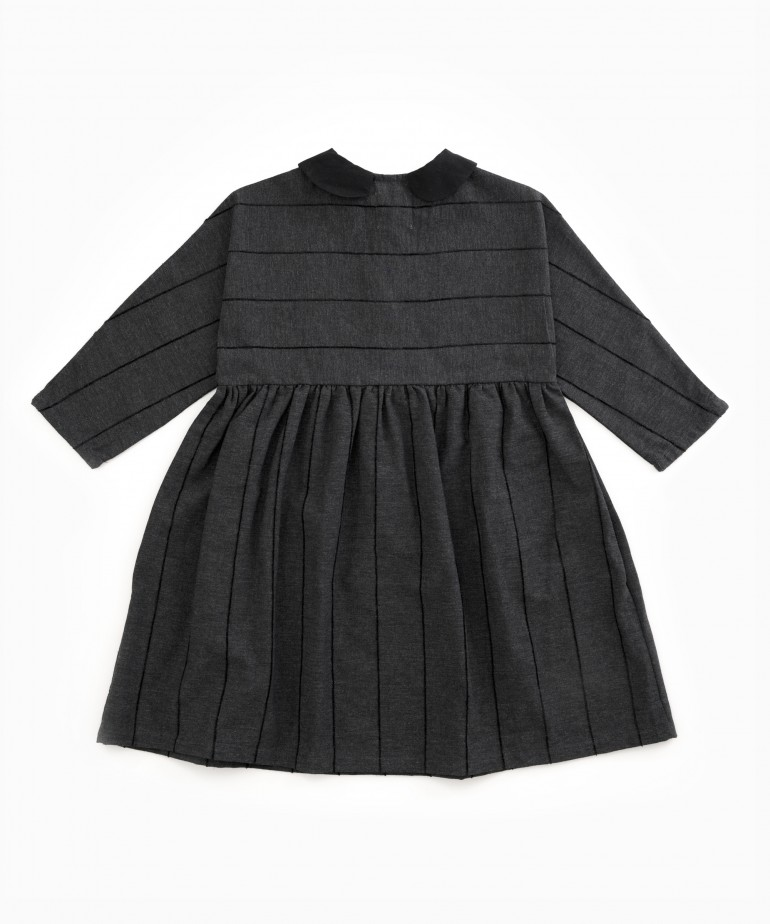 Dress with recycled fibres