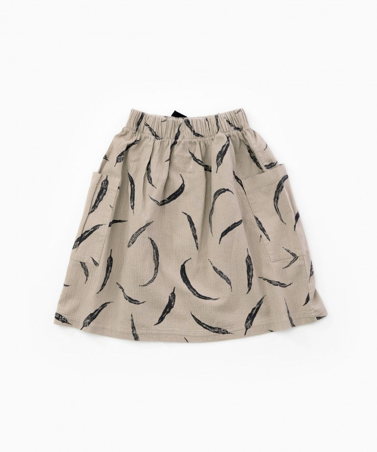 Cloth skirt with pockets