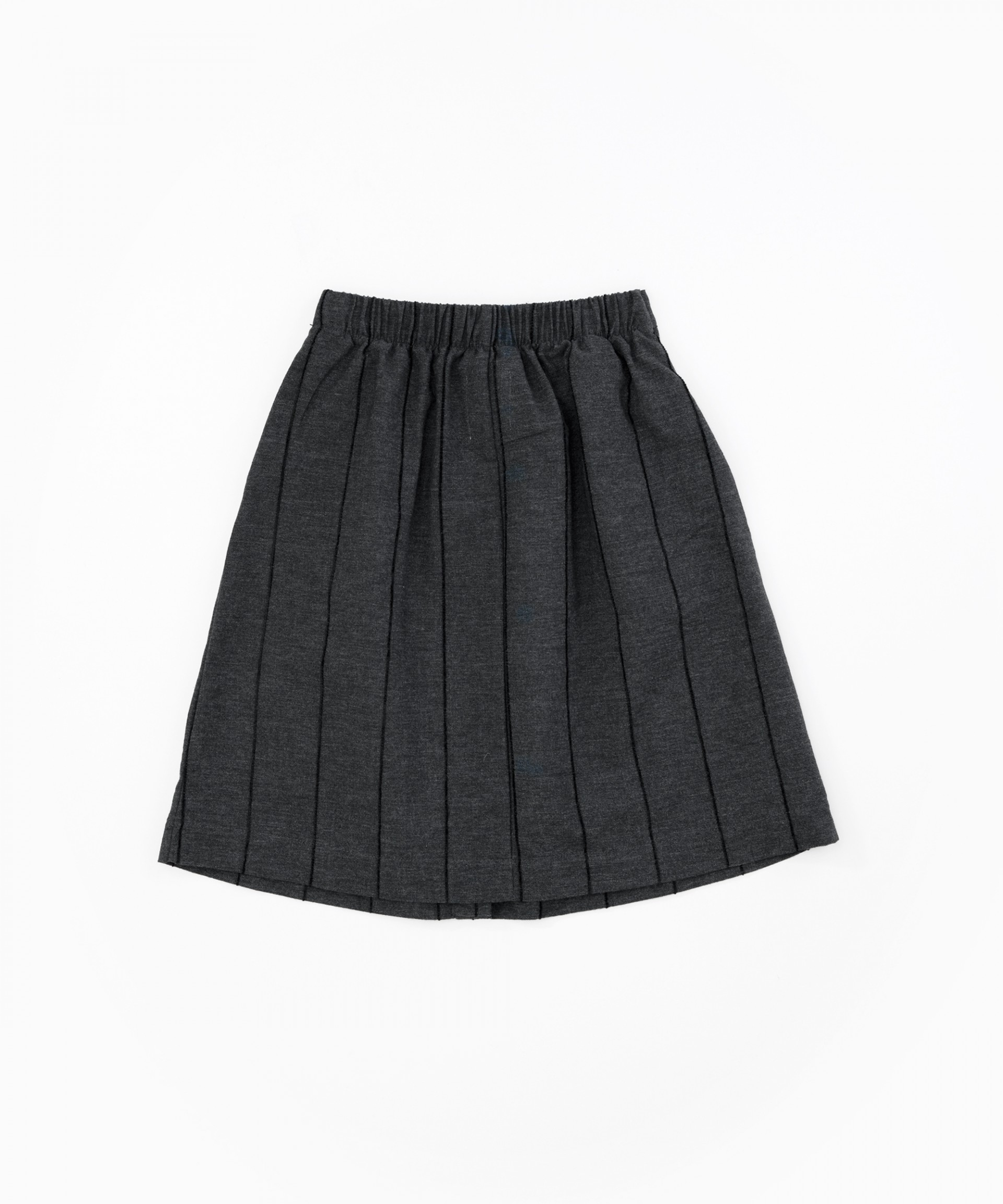 Skirt with button opening | Woodwork