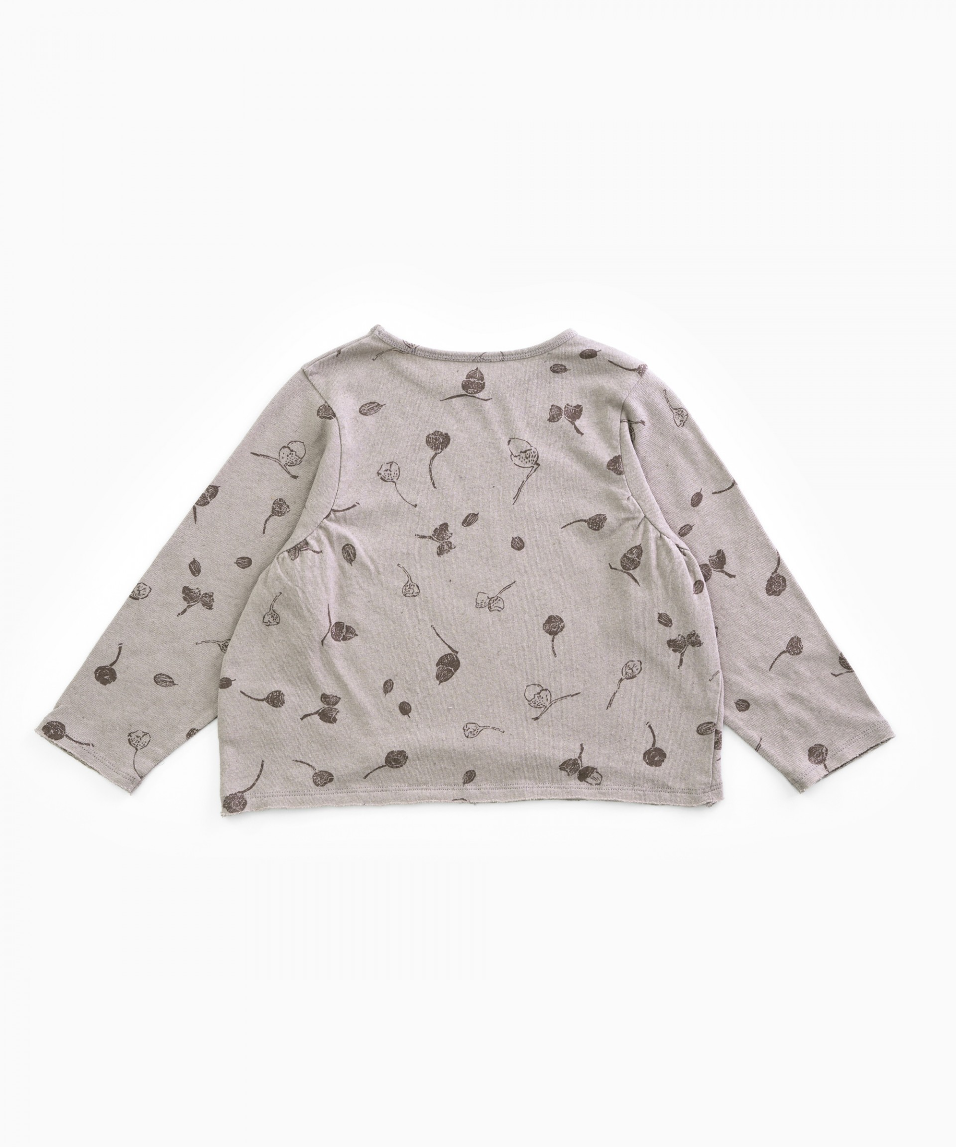 T-shirt with acorns | Woodwork