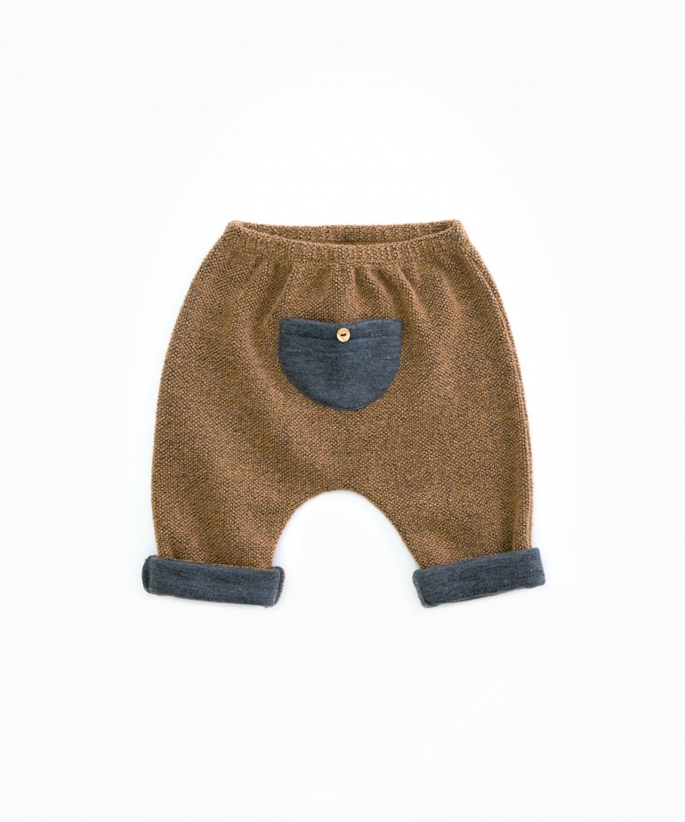 Trousers with recycled wool