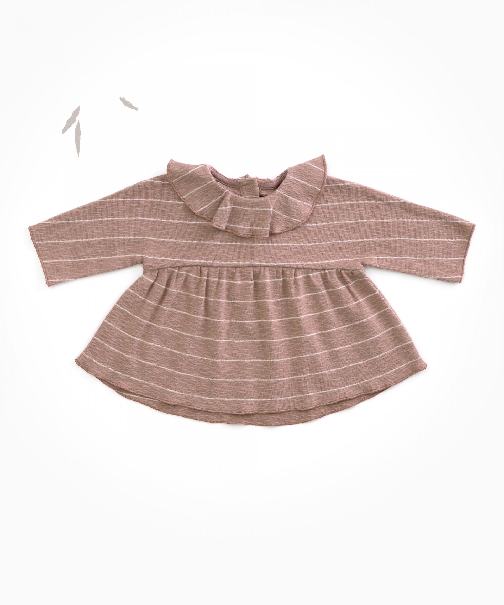 T-shirt em algodão orgânico com folho | Woodwork