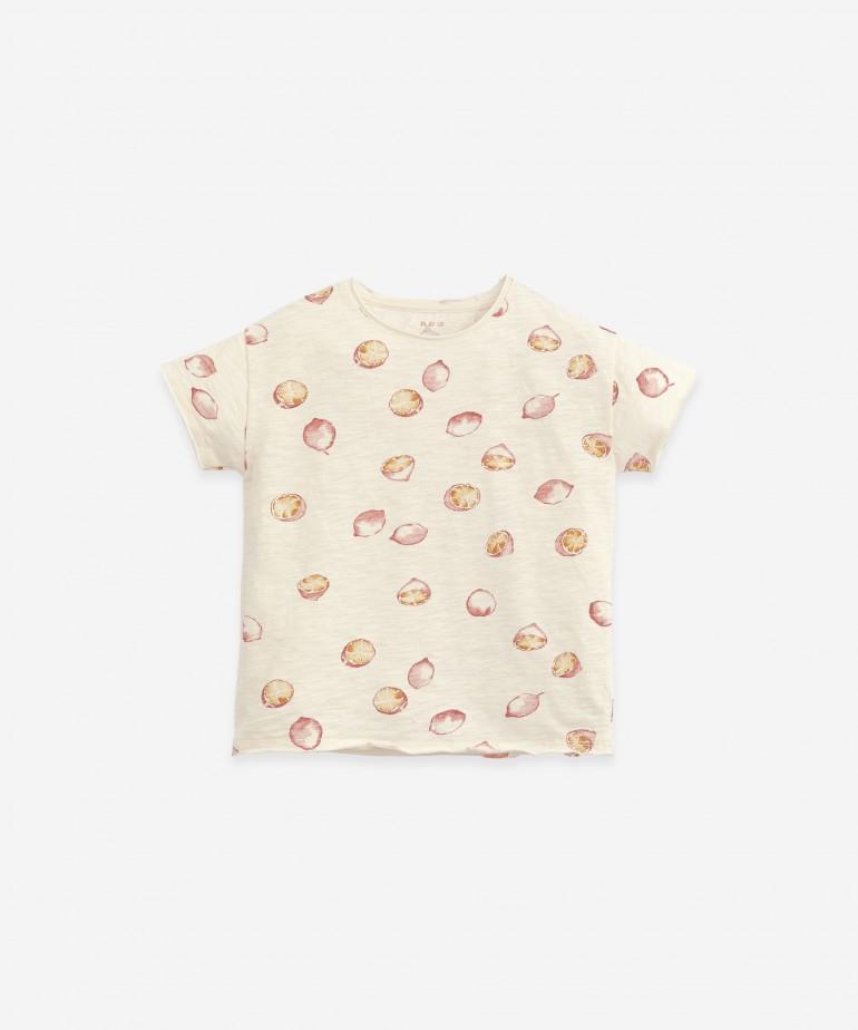 T-shirt with lemons print