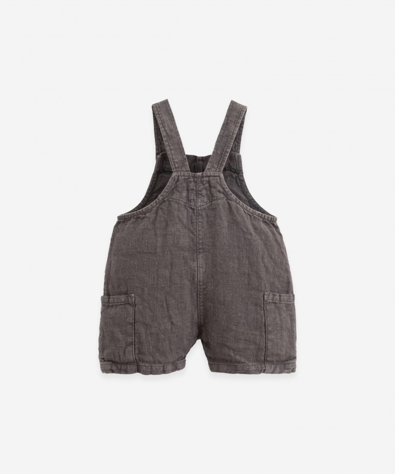Linen jumpsuit with pockets