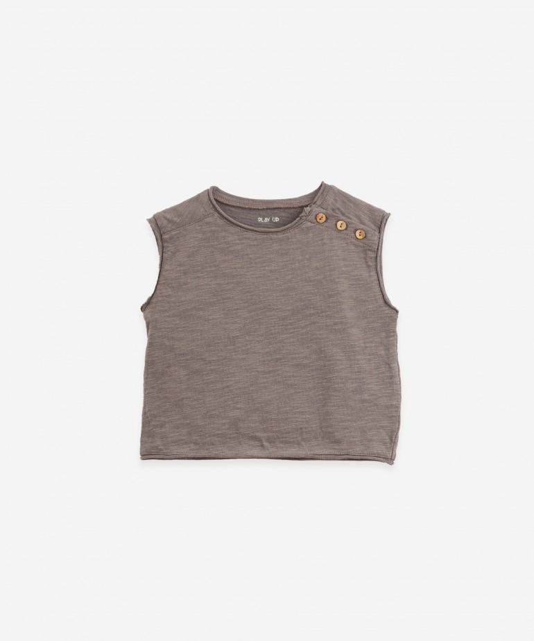 Organic cotton sleeveless T-shirt