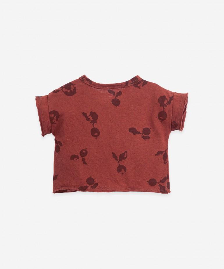 "T-shirt con stampa ""ravanelli"""
