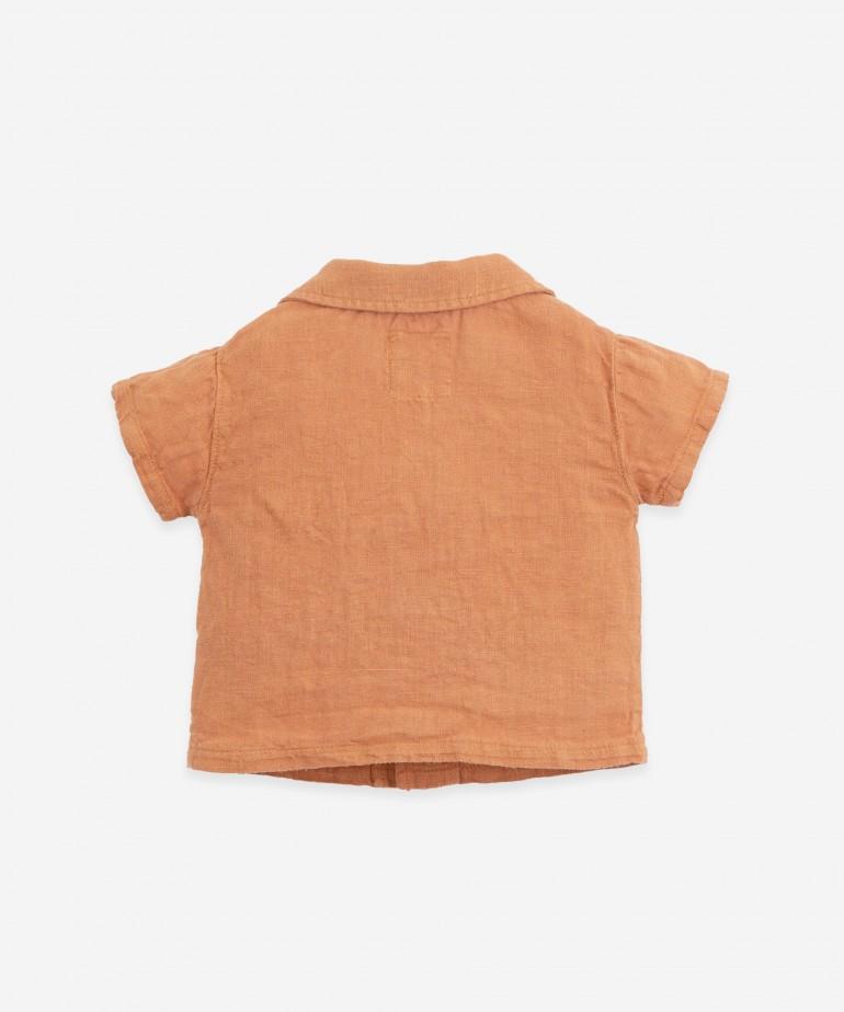 Linen shirt with pocket