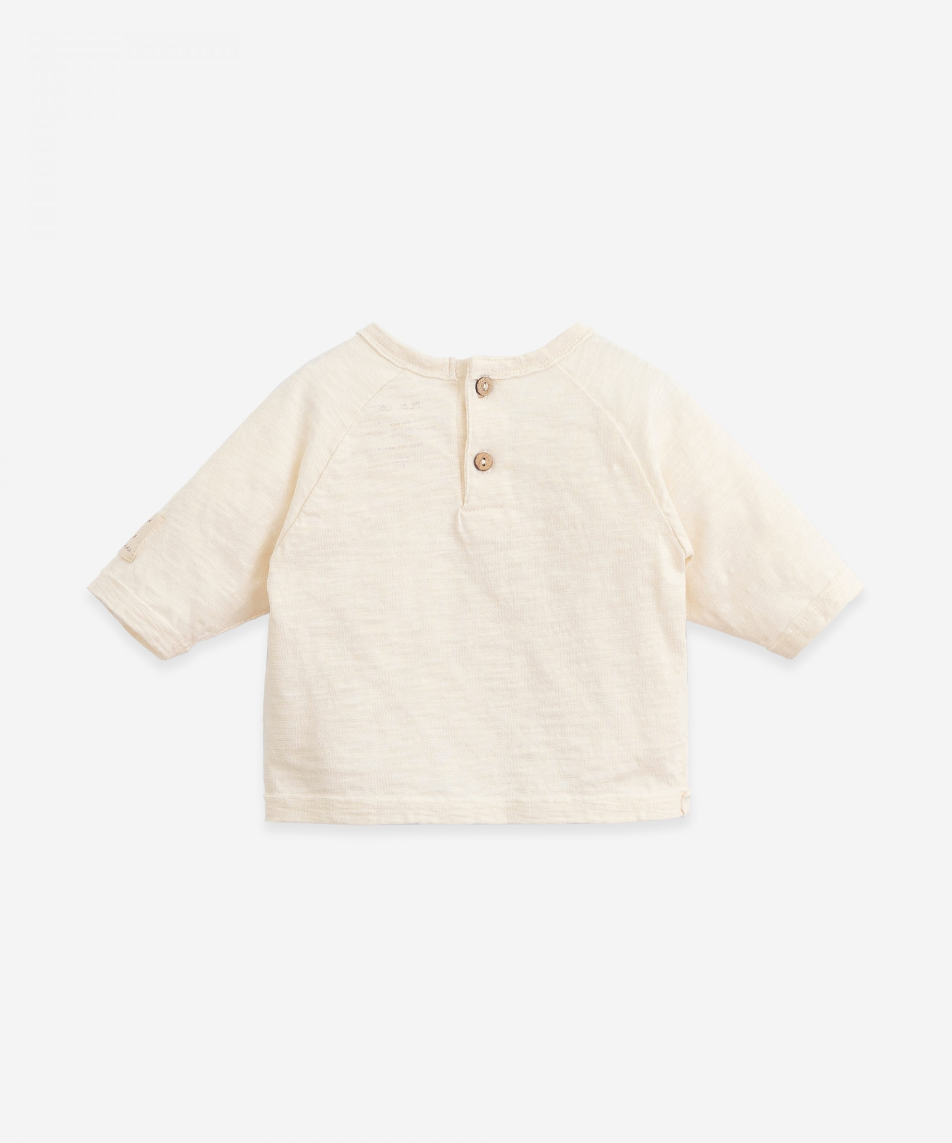 T-shirt with label on the sleeve | Botany
