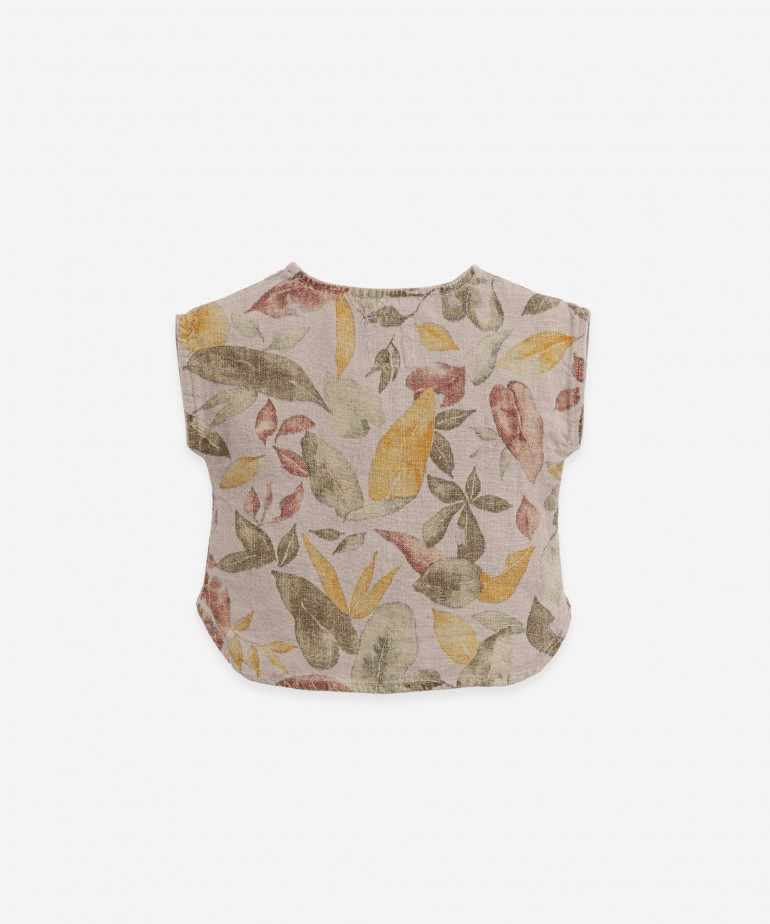 Linen shirt with leaf print