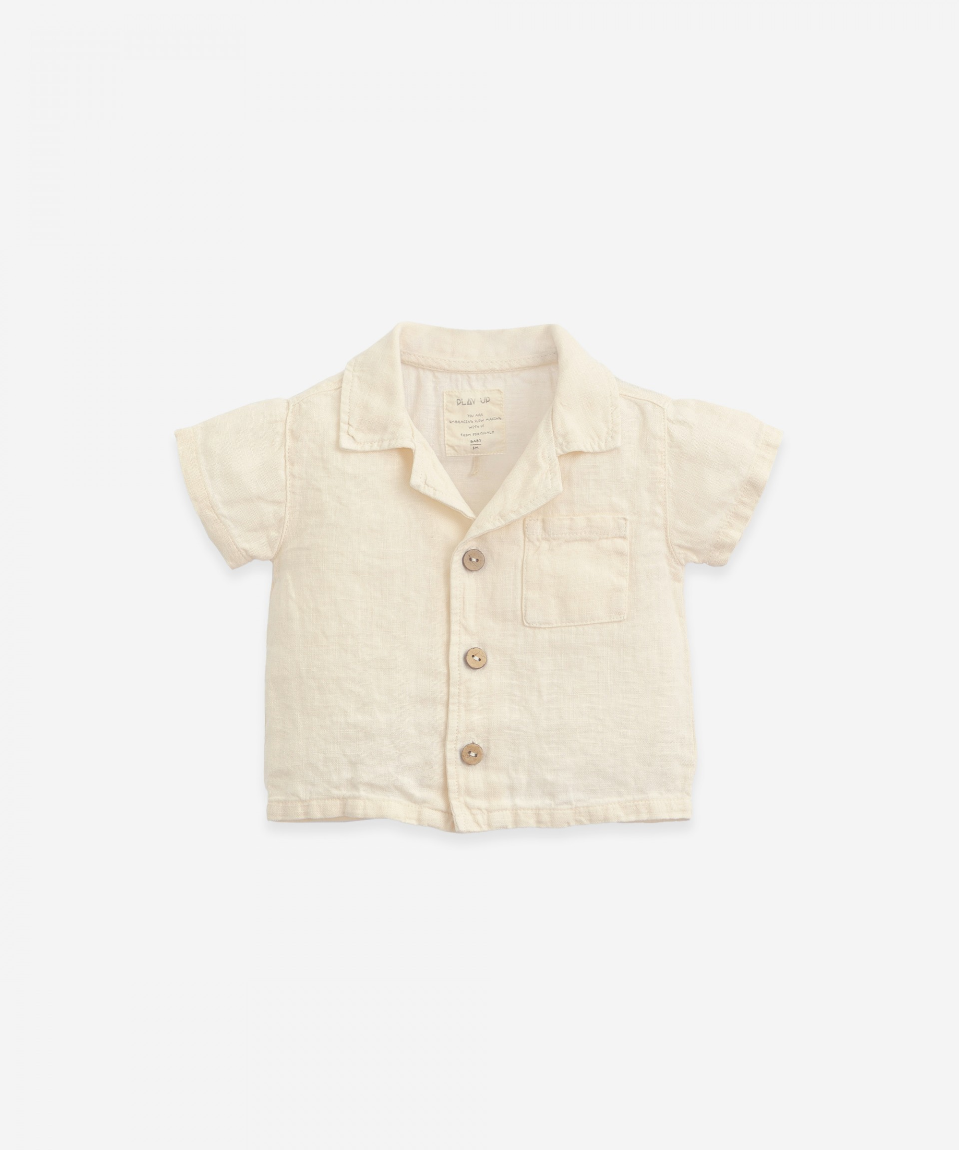 Linen shirt with coconut buttons| Botany