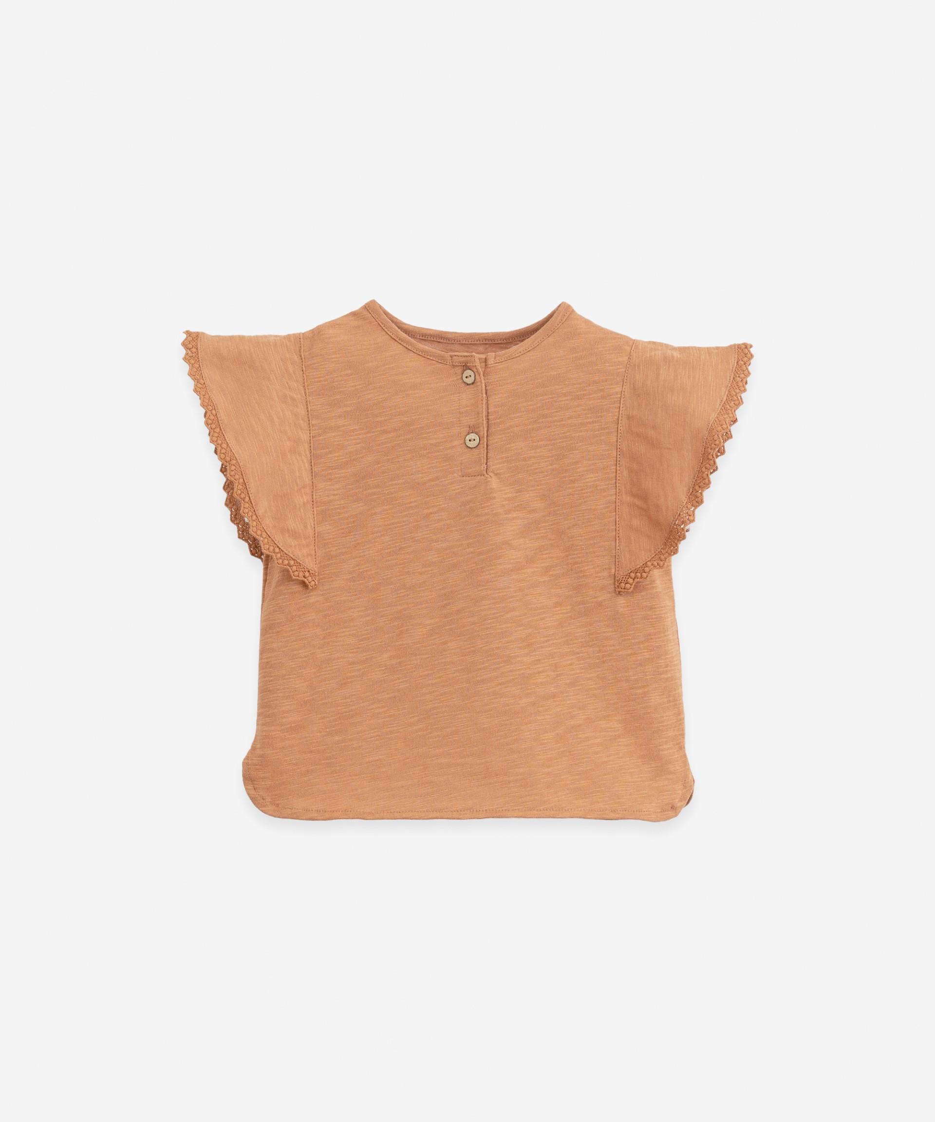 Organic cotton T-shirt | Botany
