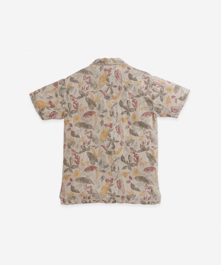 Camisa de linho com botões de coco