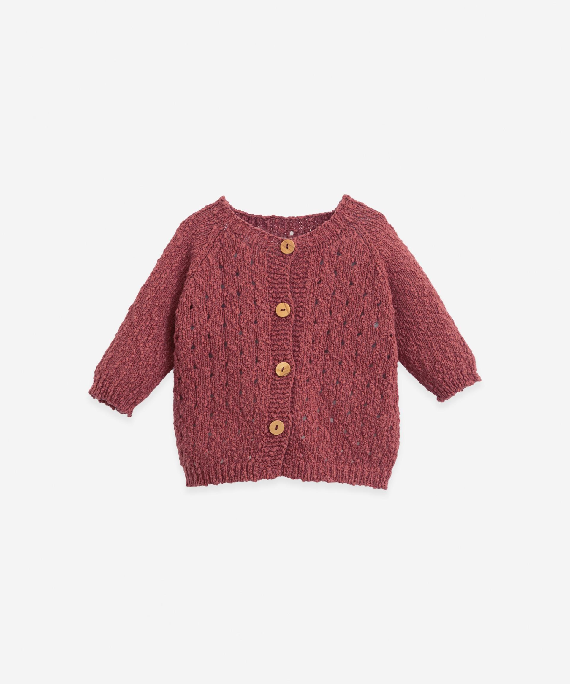 Casaco tricot com botões de madeira | Botany