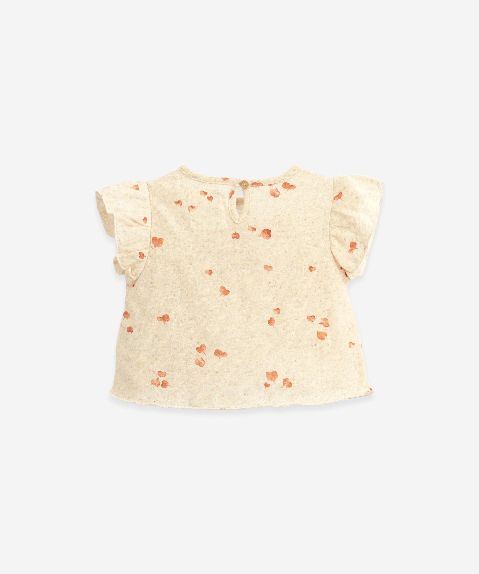 T-shirt com estampado folha-coração | Botany