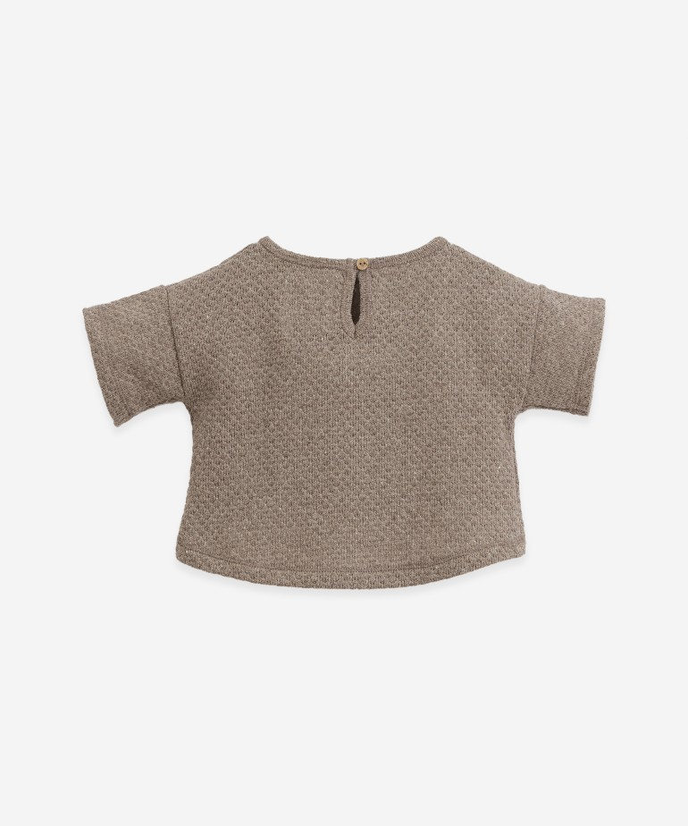 Sweater with recycled fibres