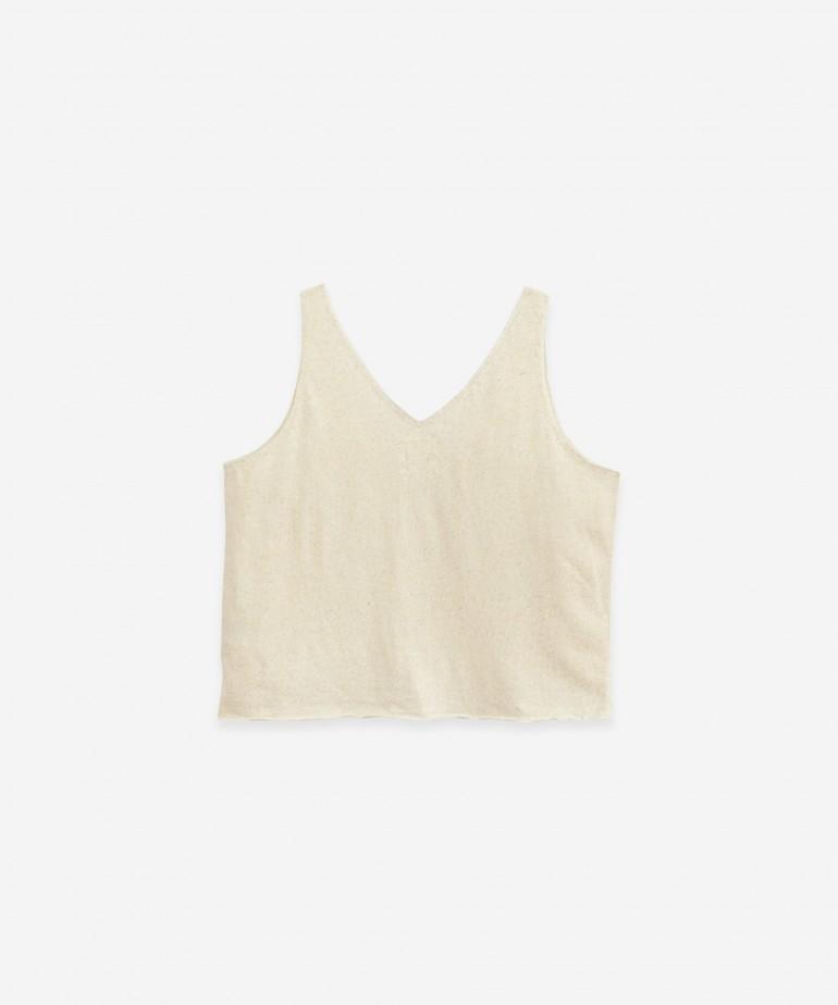 Sleeveless T-shirt in cotton and hemp