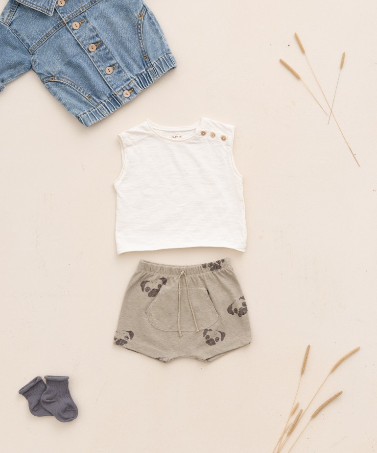 Shorts in organic cotton and linen