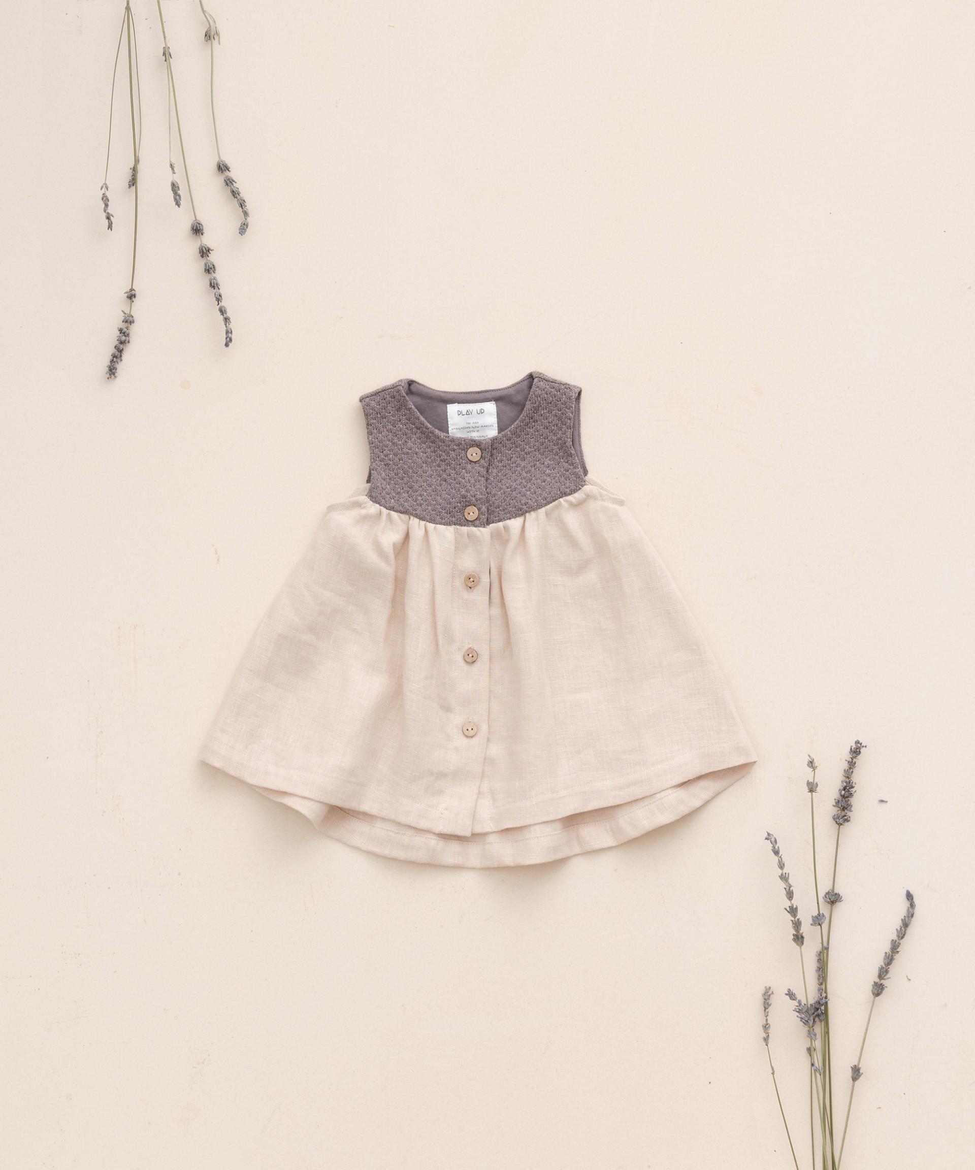 Vestido com fibras recicladas | Botany